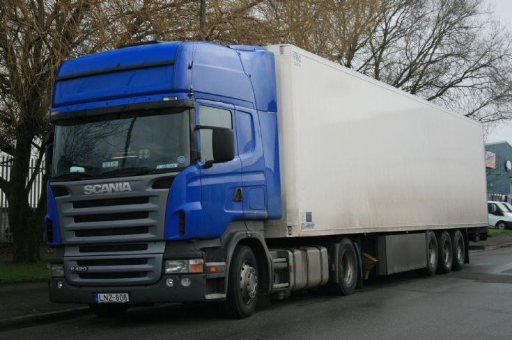 Scania R420 lorry in Lincolnshire