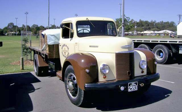 1940s Commer Superpoise