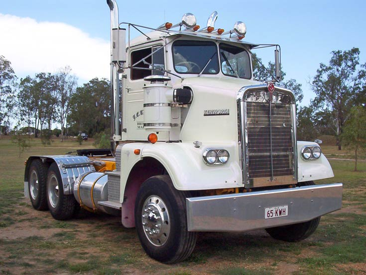 1965 Kenworth S with G.M. Motor