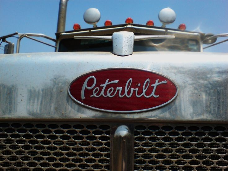 Peterbilt Emblem Wallpaper Peterbilt truc.