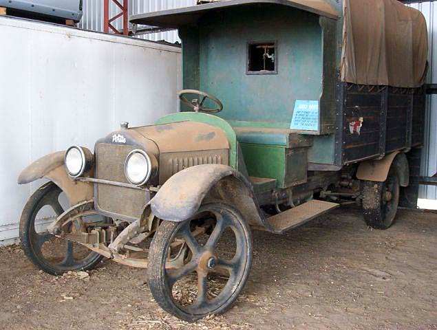 Early White Truck with solid tyres