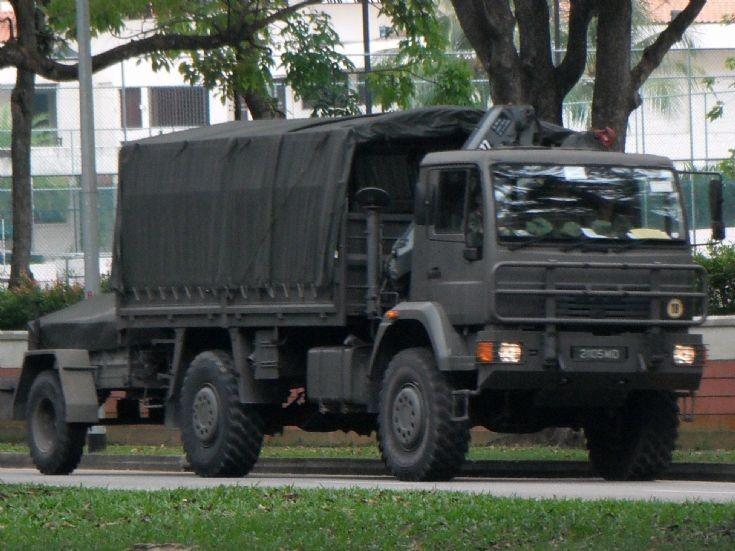 truck photos singapore armed forces saf man 5 tonner. Black Bedroom Furniture Sets. Home Design Ideas