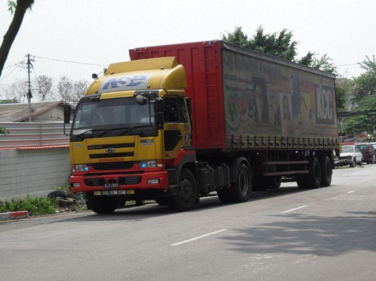 Nissan Diesel truck and curtainsider trailer