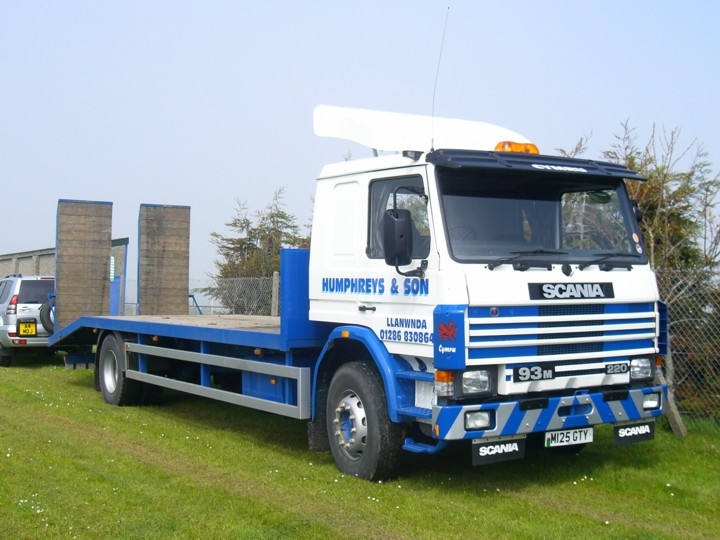 Beaver Tailed Scania 93M