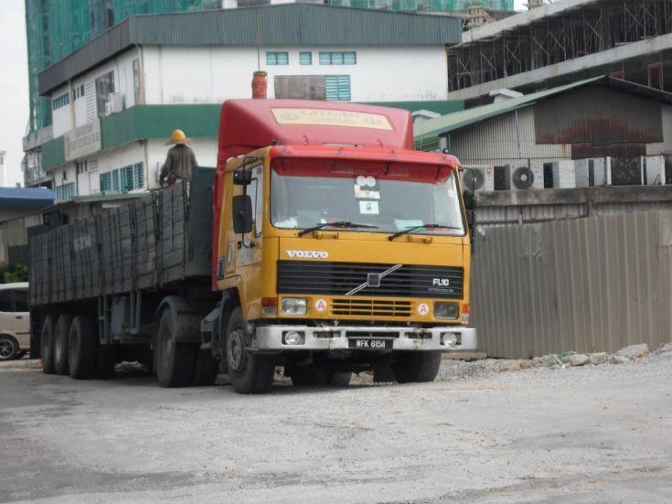 Volvo FL 10 intercooler truck in Malaysia