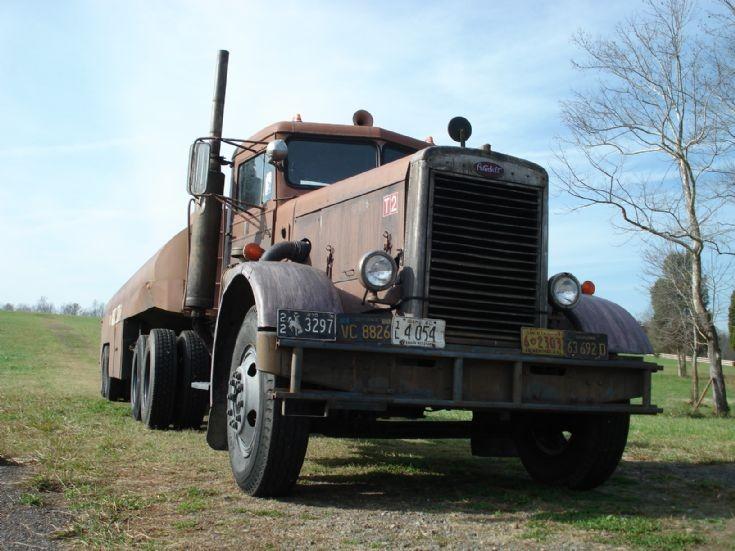 truck photos 1960 peterbilt and 1946 tank movie quotduelquot
