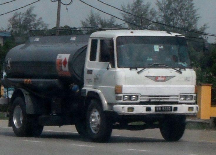 Hino Ranger FG Oil Fuel Tanker Truck