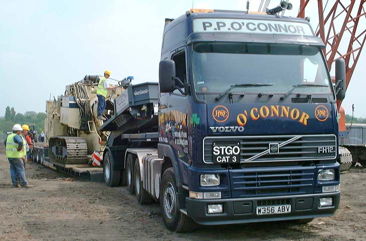 Volvo FH12 Lowloader and cold pipe bender