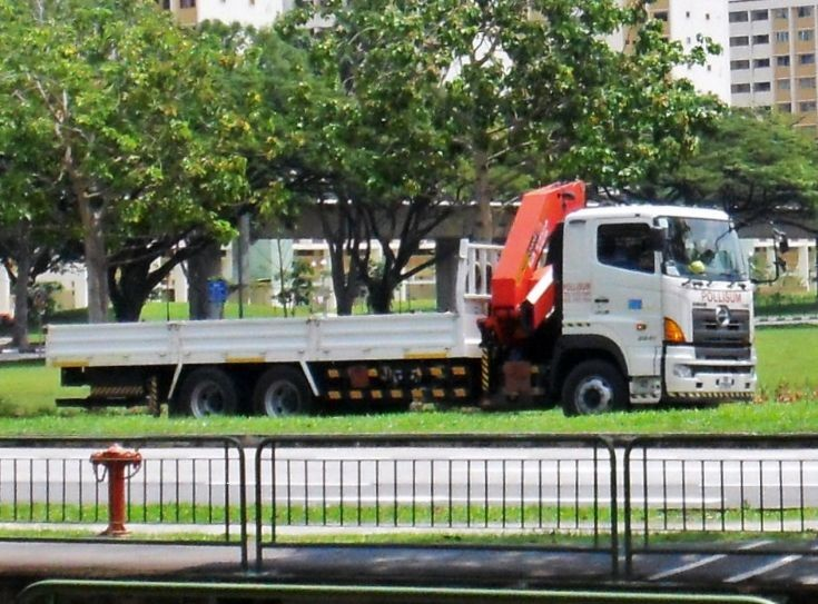 Pollisum Engineering Pte Ltd Hino Profia 700 Cargo cum Dump Truck