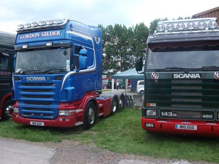 Gordon Gilder Scania x2