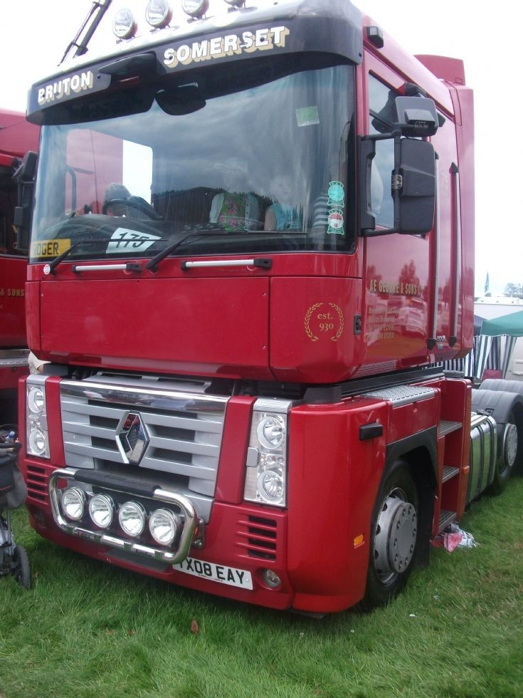AE George and Sons Renault lorry