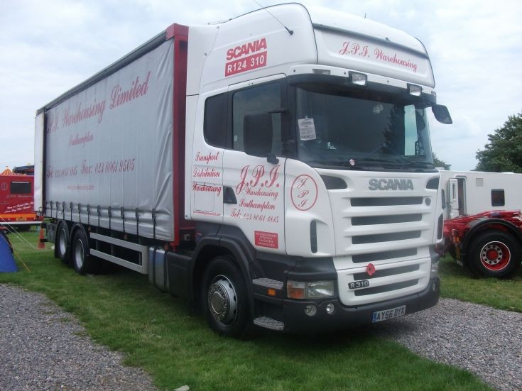 Scania R series rigid
